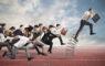 見積書提出のスピード化で、ビジネスチャンスを逃さない!ワークフローとデータベースを連携して活用する。